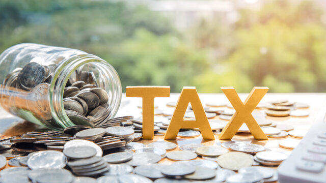 電気自動車の自動車税はいくら?税金や補助金制度を解説