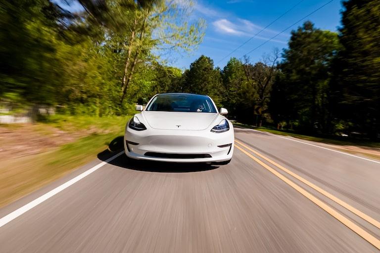 電気自動車用モーターの種類や仕組みを解説