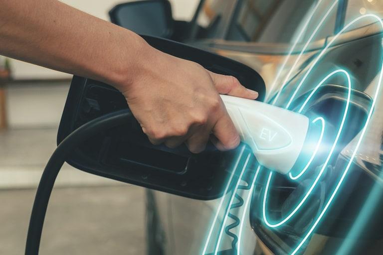 電気自動車の充電コンセントとは